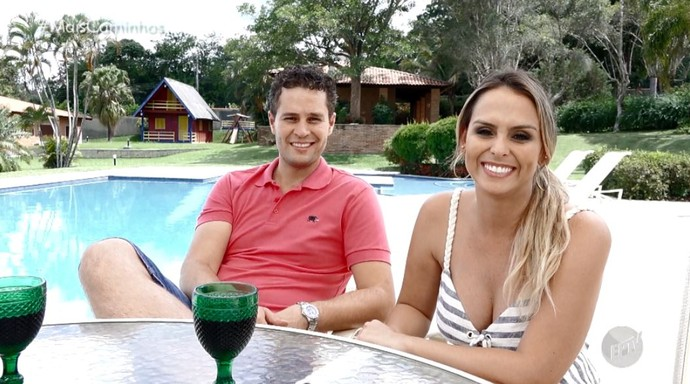 Pedro Leonardo e Aline Lima apresentam O Mais Caminhos em clima de férias (Foto: reprodução EPTV)