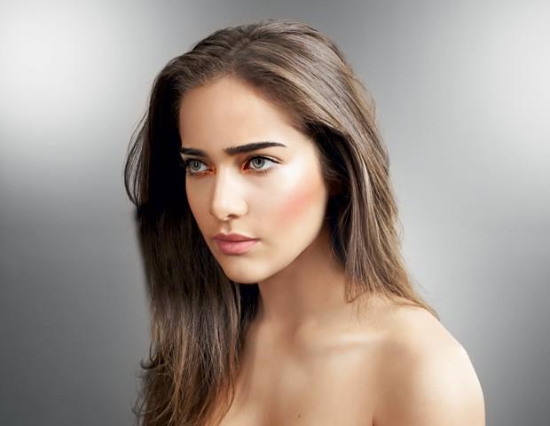 Dicas de beleza by Avon Luxe: Top maquiador revela quais tons de sombra melhor realçam a cor de seus olhos
