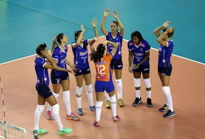Em busca do 4º lugar na tabela, equipe do Minas tenta mais uma vitória na Superliga de Vôlei Feminino (Foto: Divulgação/MTC)