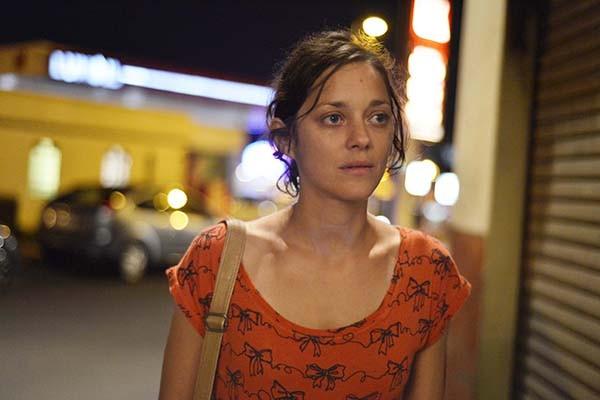 Marion Cotillard não é novata na premiação da Academia: em 2008 levou a estatueta por 'Piaf - Um Hino ao Amor'. Nada mal para quem começou como uma fada na TV francesa em 1992, na série 'Étude sur le Mouvement' (Foto: Divulgação)