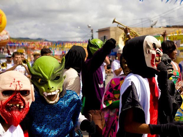 Papangus animam carnaval em Bezerros (Foto: Ricardo Moura/Divulgação Fundarpe)