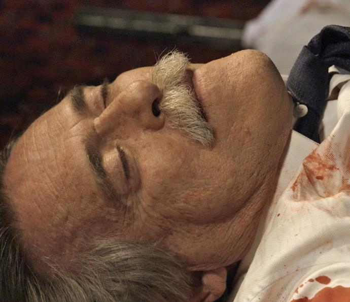 José de Abreu viveu cenas intensas na pele do Pai da facção (Foto: TV Globo)