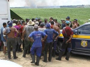 MPT fiscaliza usina em Amélia Rodrigues Bahia 2 (Foto: Divulgação/Ministério Público do Trabalho)