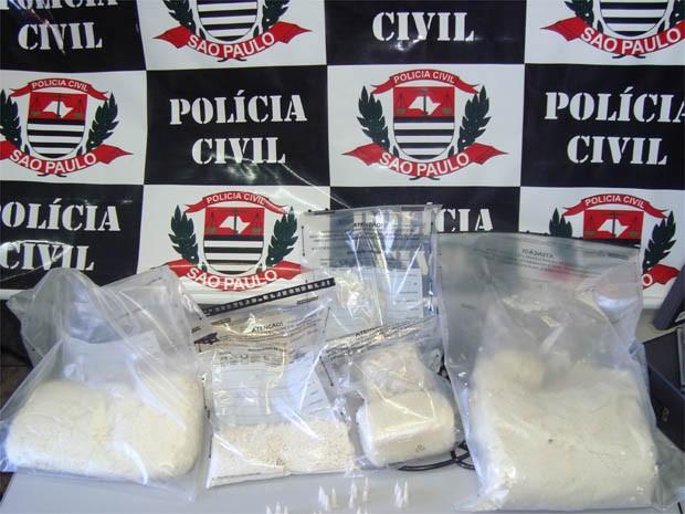 Cocaína apreendida em laboratório de refino em Guatapará, SP (Foto: Polícia Civil/Divulgação)