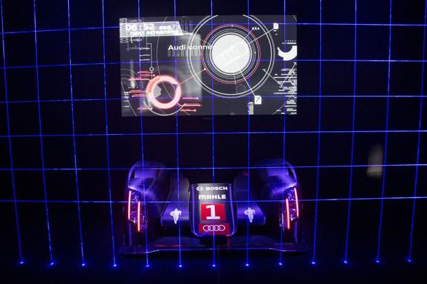 O conceito Sport Quattro Laserlight, da Audi, troca lâmpadas de LED por faróis a laser, que possuem luminosidade e alcance maiores. (Foto: Divulgação/Audi)