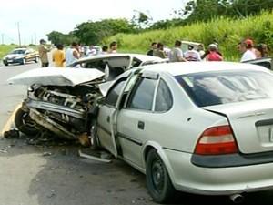 acidente em campos (Foto: Reprodução/Inter TV)