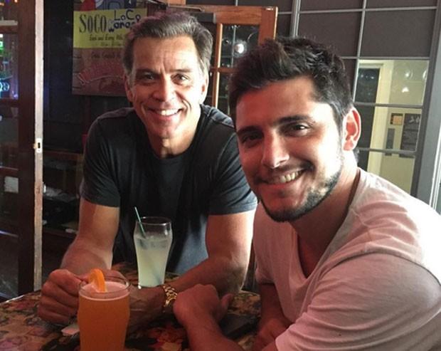 Beto Simas e Bruno Gissoni (Foto: Reprodução)