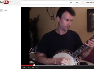 Charles Butler em vídeo com versão de 'Get lucky' (Foto: Reprodução/YouTube)