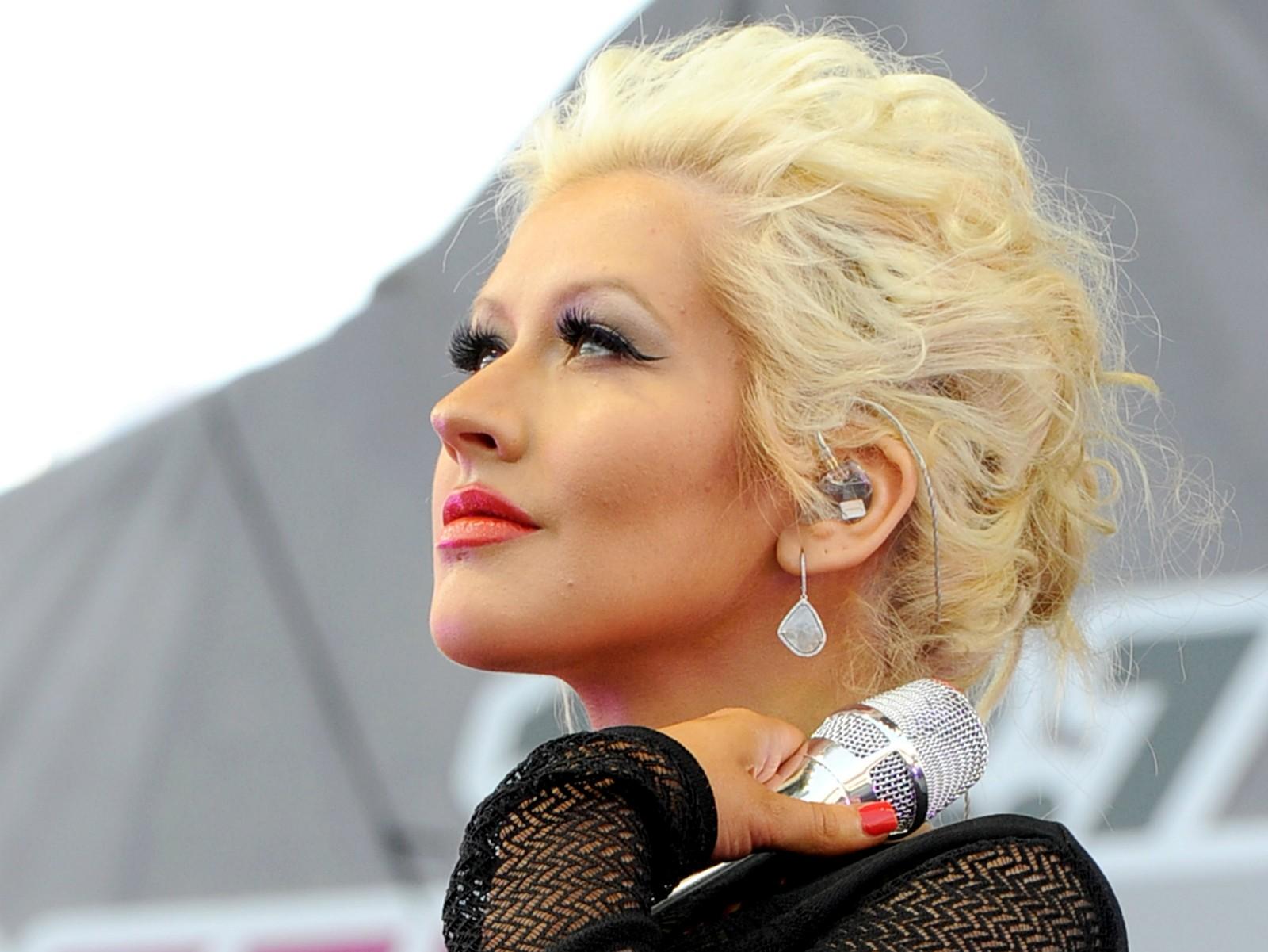 """""""Posso orgulhosamente dizer que [o álbum 'Bionic', de 2010] estava à frente de seu tempo, para ser honesta. Você tinha de ser apaixonado por música para valer, ser um verdadeiro admirador da música e da paixão por estar aberto para realmente apreciar aquele disco"""" — Christina Aguilera à revista 'Billboard' em 2012. (Foto: Getty Images)"""