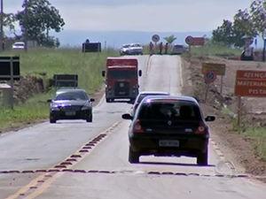 Fluxo de veículos deve ser alto na MT-251 neste domingo   (Foto: Reprodução /TVCA)