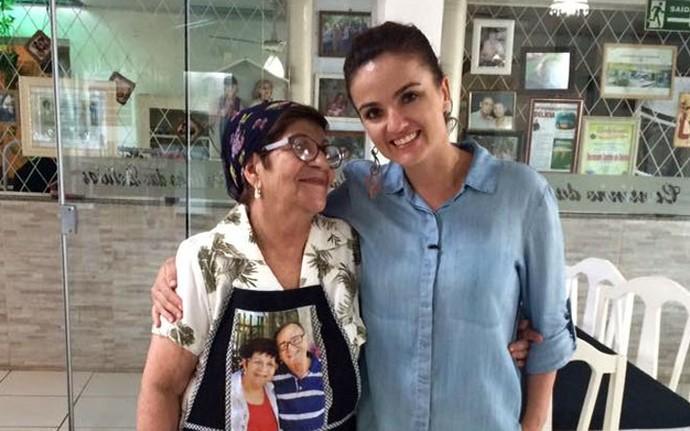 """Michelly e a """"Vó Marlene"""": """"Aqui não é um restaurante. É a casa da vó!"""" (Foto: Divulgação/RPC)"""
