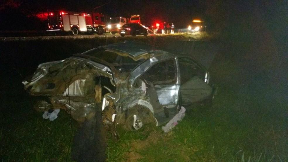 Uma criança e duas mulheres morreram após acidente na rodovia Marechal Rondon (Foto: Reprodução/TV TEM)