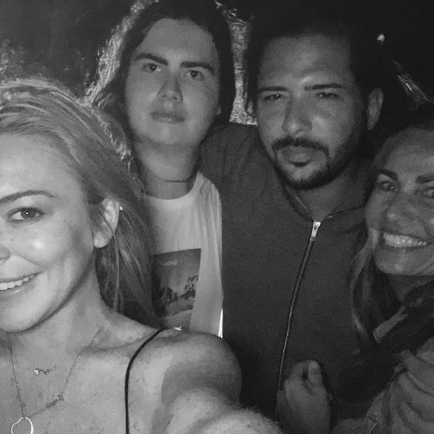 Lindsay Lohan e Dennis Papageorgiou (Foto: Reprodução / Instagram)