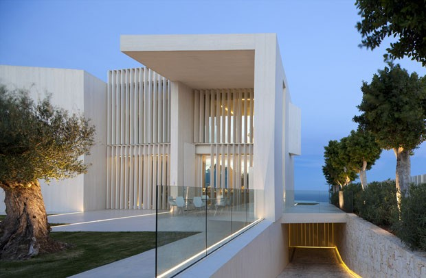 Lar escultural no alto da montanha casa vogue casas - Casa sardinera ...