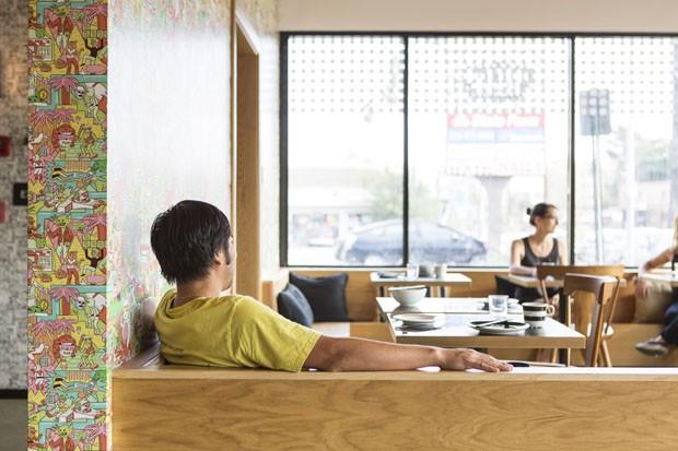 Cozinha asiática com games retrô: conheça o restaurante Button Mash (Foto: Laure Joliet)