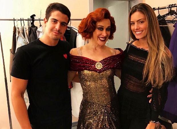 Enzo Celulari, Claudia Raia e Victória Bartelle (Foto: Reprodução)