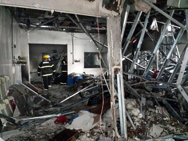 Morre v�tima de explos�o em f�brica de medicamentos em Pouso Alegre