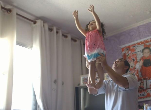 """""""O Começo da Vida"""": a importância dos pais (Foto: Divulgação)"""