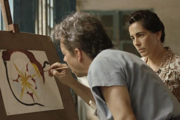 Gloria Pires caracterizada como Nise da Silveira em uma das cenas do longa (Foto: Reprodução)