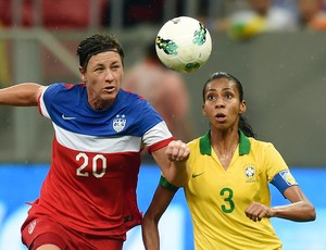 Bruna Benites, Brasil x EUA, futebol feminino