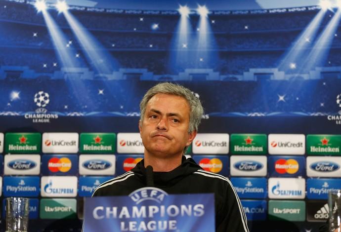 Mourinho coletiva Chelsea (Foto: AP)