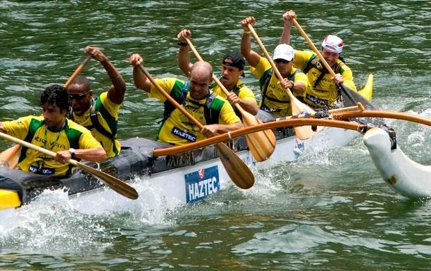 Equipe brasileira em ação em 2012 (Foto: Reprodução/Facebook)