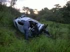 Colisão envolvendo carro e bitrem deixa um morto e feridos em MG