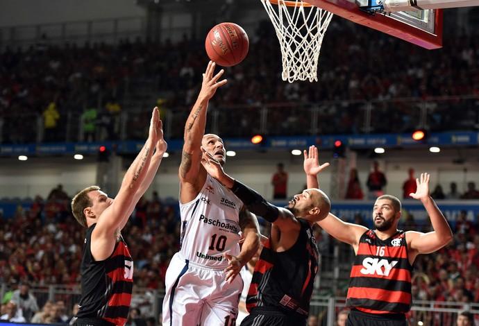 Flamengo x Bauru final do NBB jogo 2 basquete Alex (Foto: João Pires/LNB)