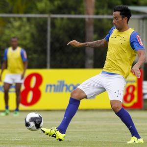 Ariel Cabral; Cruzeiro (Foto: Washington Alves/Light Press)