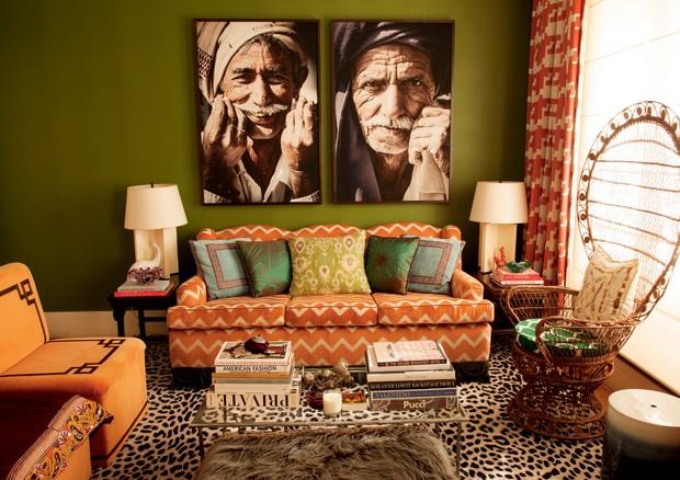 Chevron no tecido revestindo todo o sofá (Foto: Romulo Fialdini/Arquivo Vogue)