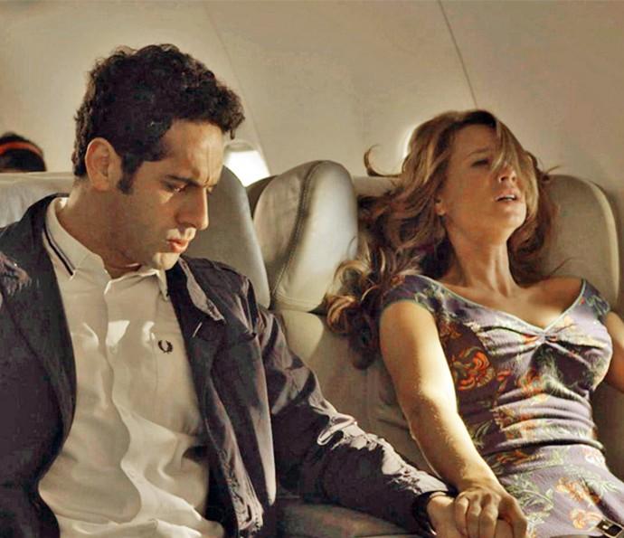 Tancinha se apavora na hora da aterrisagem do avião (Foto: TV Globo)