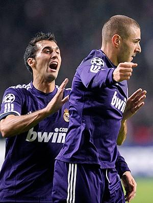 Benzema Arbeloa Real madrid (Foto: Reuters)