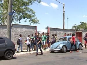 Escola Estadual Jardim dos Coqueiros em São Carlos (Foto: Felipe Lazzarotto/ EPTV)