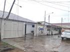 Caminhão rompe fio de alta tensão ao passar por rua em Porto Velho