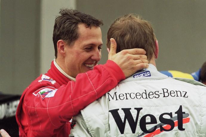Rivais, Mika Hakkinen e Michael Schumacher quase foram companheiros na McLaren (Foto: Getty Images)