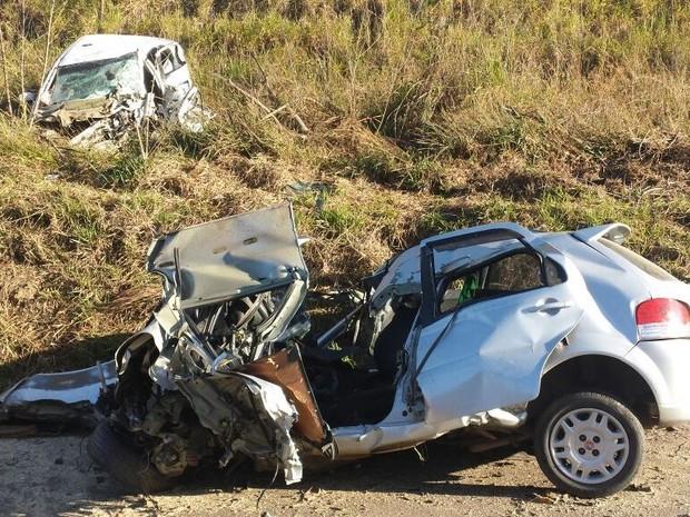 Acidente matou quatro em rodovia de Ipeúna, no interior de SP (Foto: Eduardo Sozzo/EPTV)