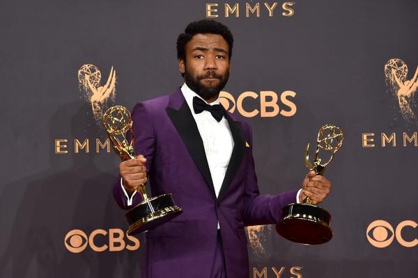 Donald Glover levou dois prêmios - Melhor Ator e Melhor Diretor por Série de Comédia (Atlanta) (Foto: Getty Images)