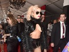 Lady Gaga causa com look extravagante no Grammy 2017