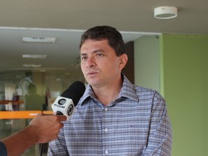 Presidente da OAB-PI lamenta morte do médico. (Foto: Gilcilene Araújo/G1)