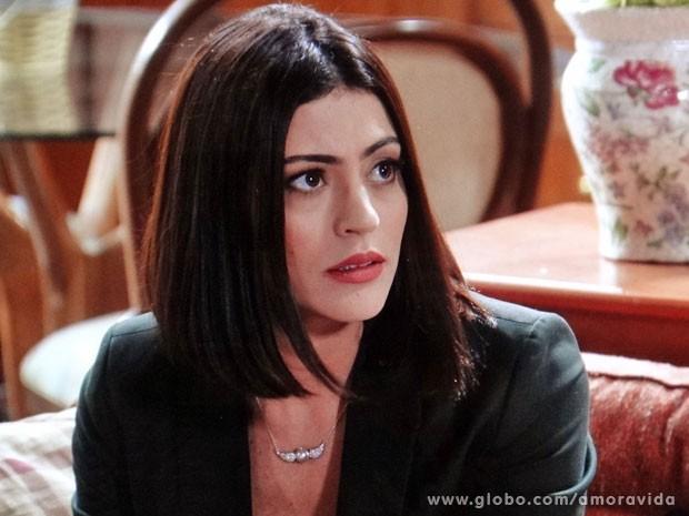 Silvia é firme diante do medo de Bruno e Ordália (Foto: Amor à Vida/TV Globo)