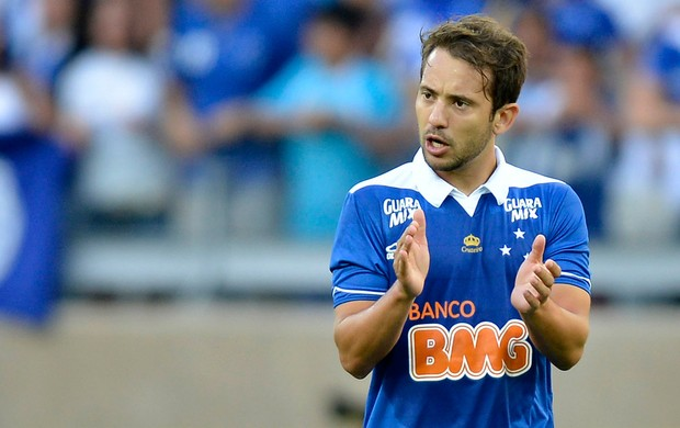 Everton Ribeiro Cruzeiro (Foto: Pedro Vilela / Ag. Estado)