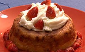 Baba au rhum! Aprenda a fazer a sobremesa preferida de Carminha  (Avenida Brasil / TV Globo)