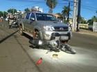 Motociclista fica ferido ao ser atingido por caminhonete na Orla Morena