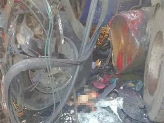 Corpos ficaram presos às ferragens após acidente ocorrido em Sobral, no interior do Ceará (Foto: Arquivo pessoal)