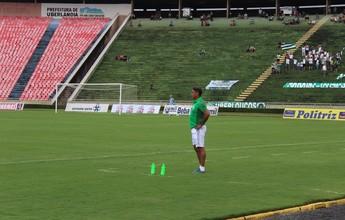 """Após bom jogo, Catanoce vê evolução no Uberlândia: """"Vai dando confiança"""""""