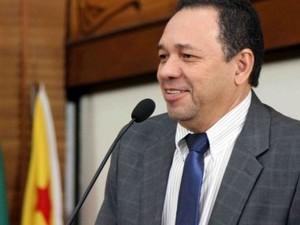 Deputado apresentou projeto de lei que institui Dia do Católico para ser comemorado dia 20 de janeiro (Foto: Reprodução/Aleac)
