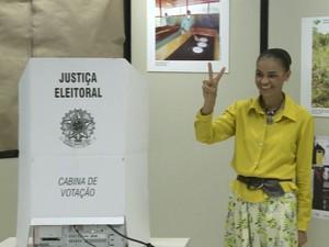 Marina Silva vota no Acre (Foto: Reprodução/Gnewa)