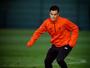 Um mês depois de lesão, Coutinho volta a treinar e anima o Liverpool