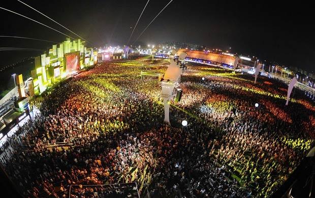 Imagem do Palco Mundo do Rock in Rio feita durante o show da banda Jota Quest na sexta-feira (30) (Foto: Alexandre Durão/G1)