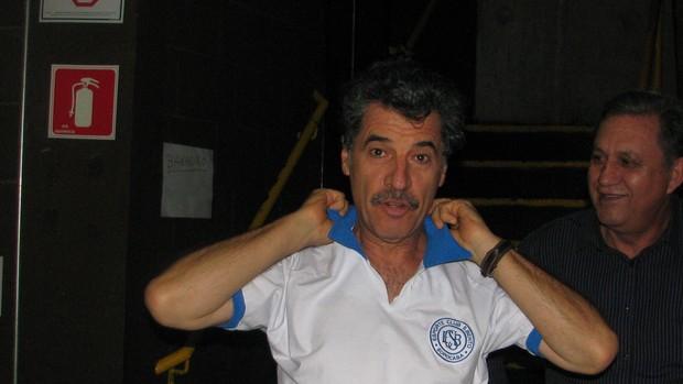 Paulo Betti - ator - camisa do São Bento Sorocaba (Foto: Rafaela Gonçalves / GLOBOESPORTE.COM)